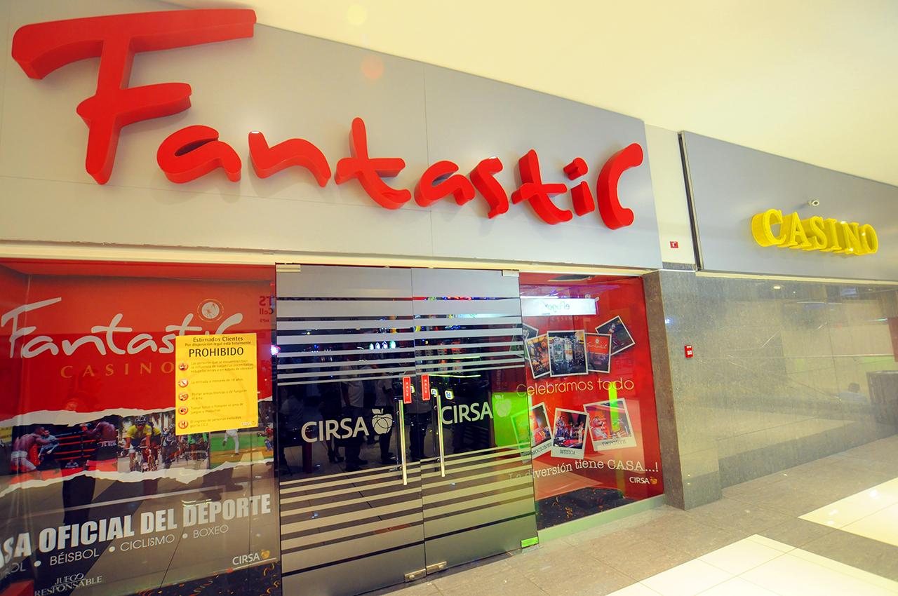 Fantastic Centro Comercial El Dorado - Entrada
